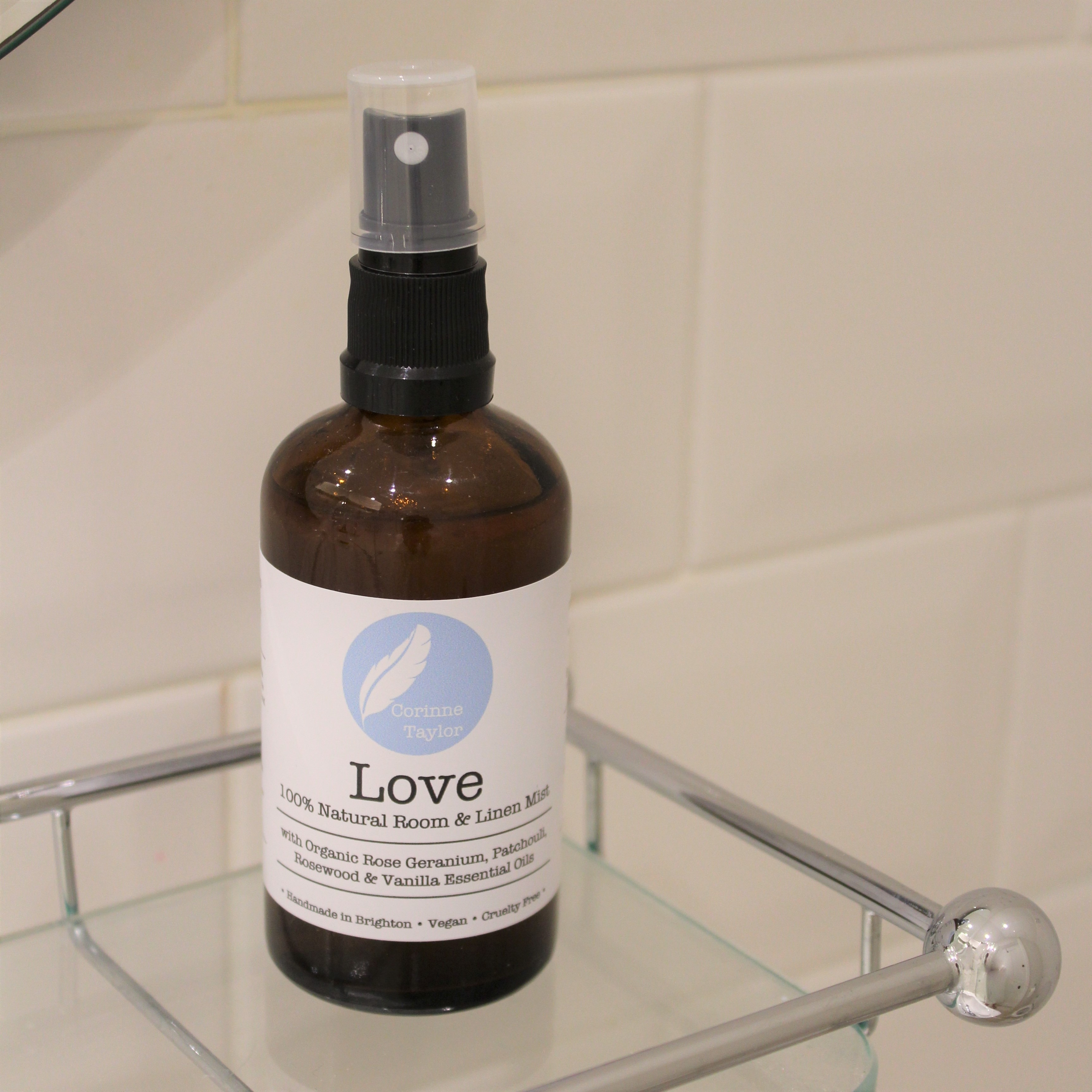 Love Room & Linen Mist by Corinne Taylor