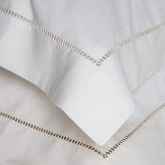 CAVENDISH VANILLA PILLOWCASE